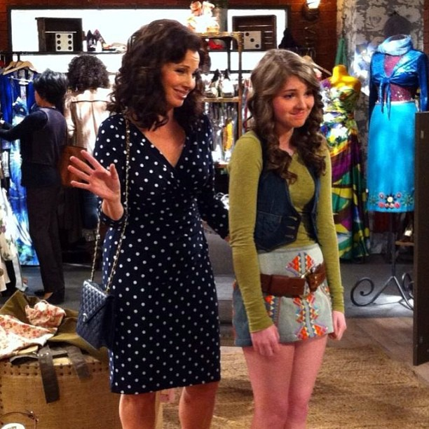 "Brittany Beery on the set of ""Happily Divorced"" with Fran Drescher!"